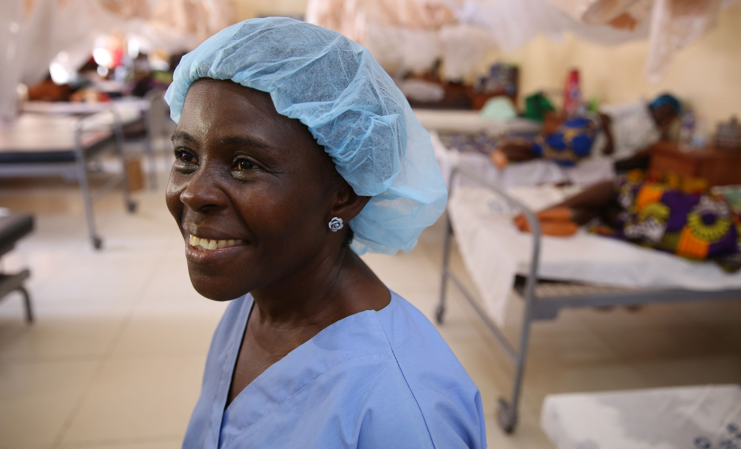 Portrait of a midwife at Redemption Hospital in Monrovia, Liberia. Photo by Dominic Chavez/World Bank